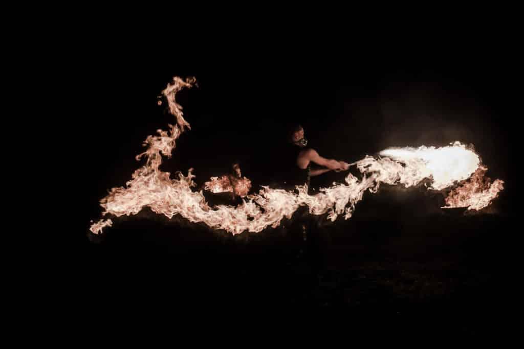 Spectacle Pyrotechnique Jongleurs de Feu,Spectacle Lumineux